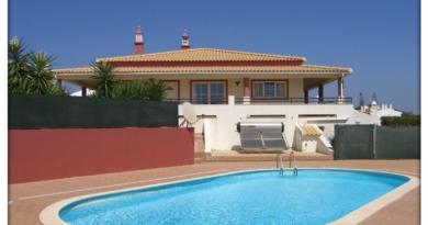 Eine Sehr Charmante, Kleine, Günstige Ferienwohnung In Ferragudo