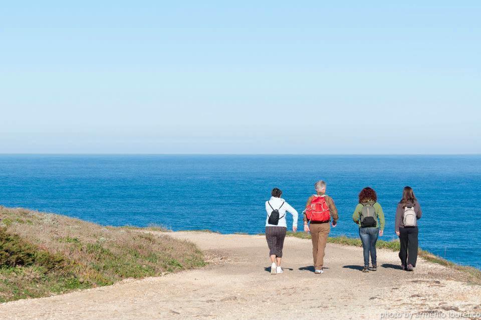 Wandern an der Küste: Teil des Naturtourismus an der Algarve