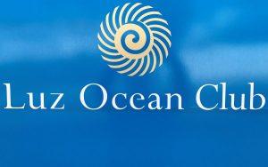 Werbeschild Luz Ocean Club in Praia da Luz