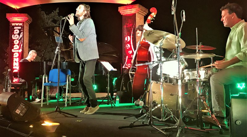 Portugiese Salvador Sobral singt spanische Songs bei Algarve-Festival Lagoa Jazz Fest 2017