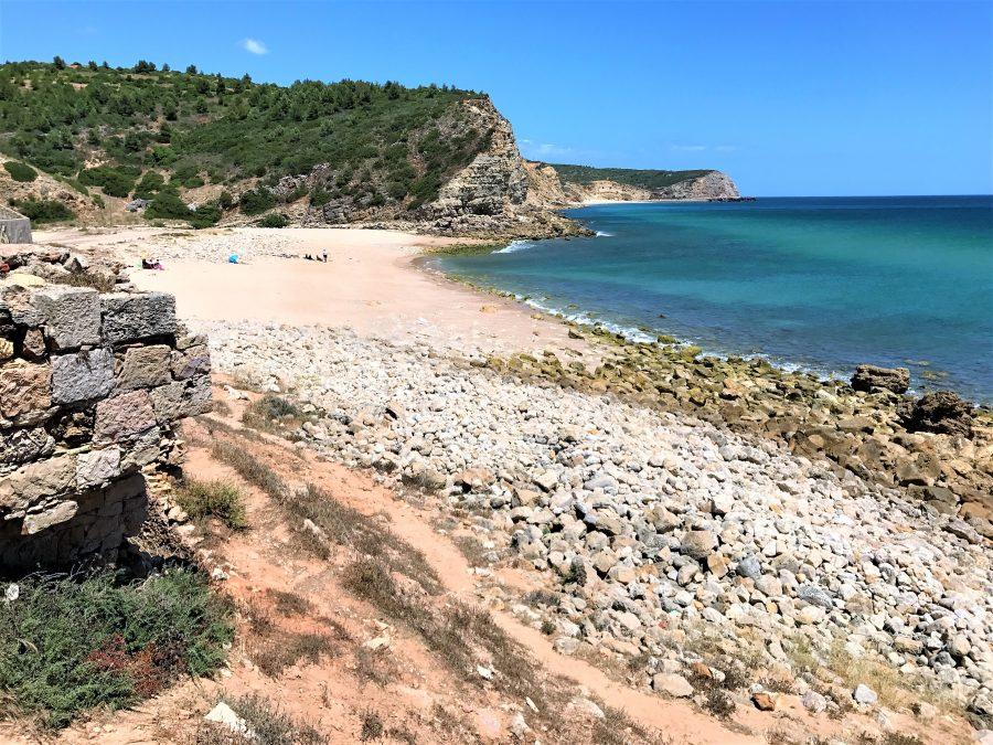 Ausgezeichnete Bade-Strände der Algarve, hier Boca do Rio