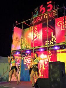 365 Algarve Tanz-Performance in Portimao