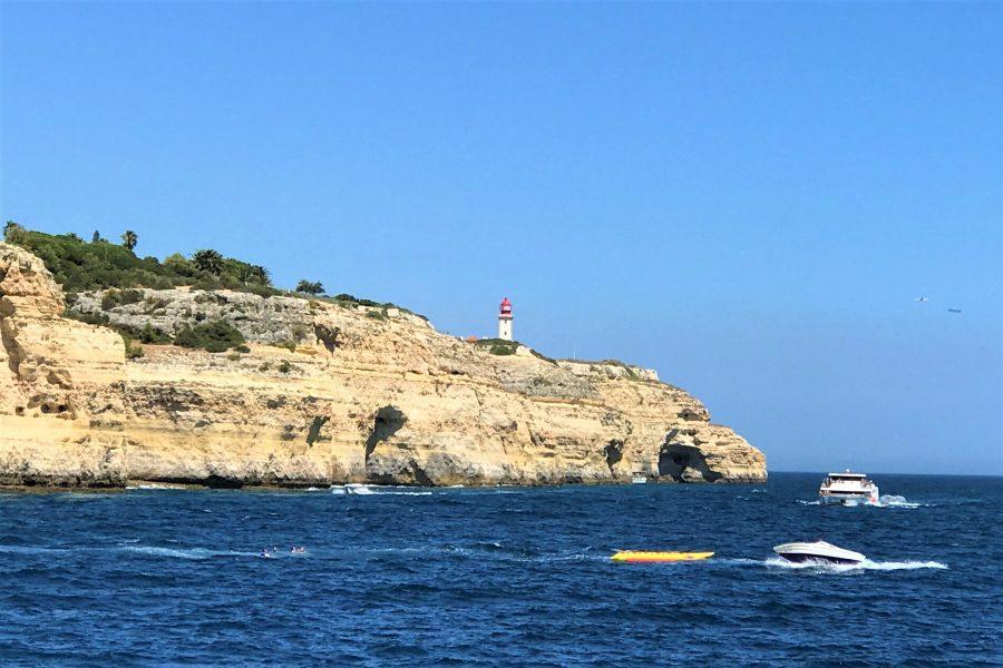 Algarve-Klippen können für Kletterer tückisch sein