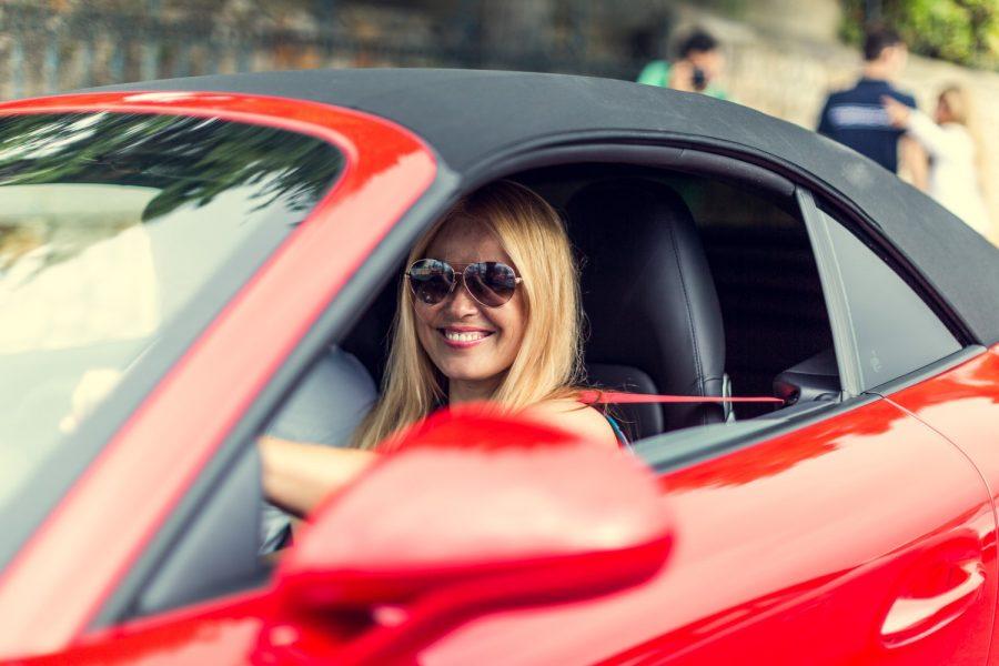 Algarve-Verkehr undenkbar ohne Sonnenbrille
