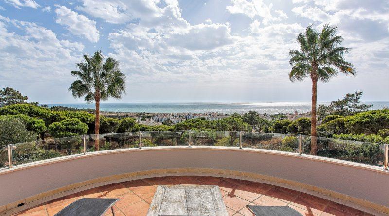 Luxusimmobilie an der Algarve mit Atlantikblick