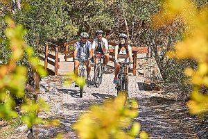 Im Herbst kommen Radfahrer und Wanderer an der Algarve auf ihre Kosten