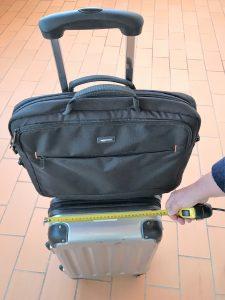 Handgepäck muss mit seinen Maßen den verschiedenen Airline-Bestimmungen entsprechen