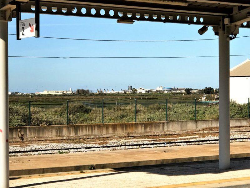 Silva kritisiert mangelnde Bahnanbindung des Algarve-Flughafens Faro