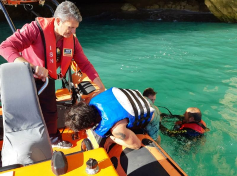 Algarve News über gerettete Touristen bei Benagil an der Algarve