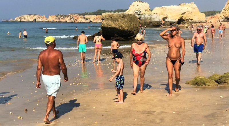 Badequalität an der Algarve umfasst auch FKK-Strände