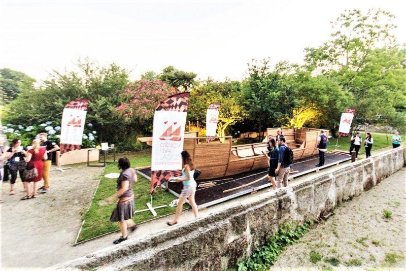 Karavelle Sagres als Nachbau auf der Ecsite in Porto zu bestaunen