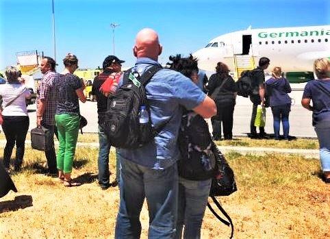 Algarve News zu Notlandung von Germania in Faro