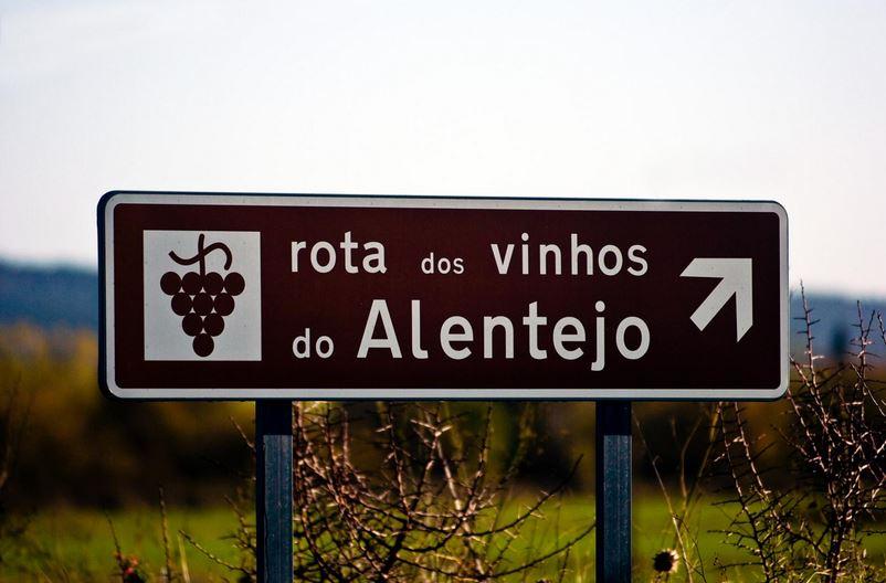 Algarve-Weine kann man entlang einer Weinroute kennenlernen