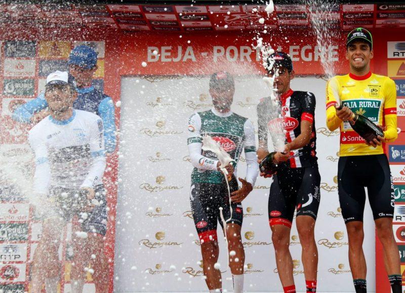 Gluthitze macht auch den Radrennfahrern der Volta a Portugal zu schaffen