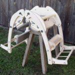 Rettung für Robert Nestmanns fünf Esel mit verstellbaren Packsätteln